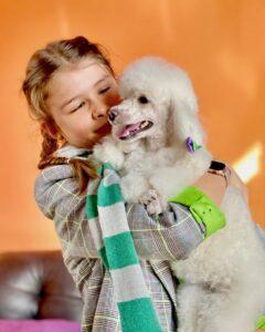 Юные красотки Бьянка и Катюша точно поднимут настроение у любого в такой прохлад...